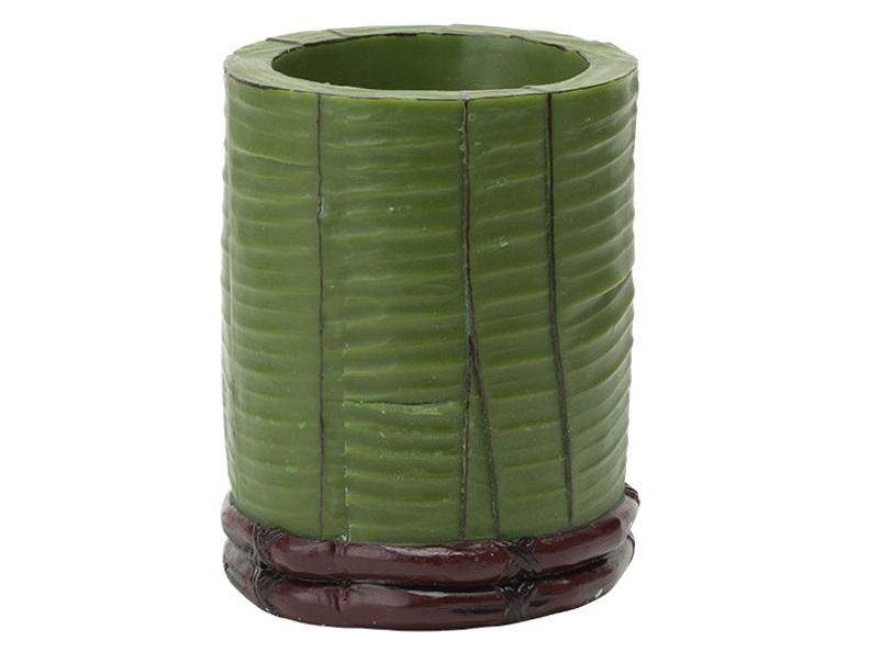 Свеча Banana Leaf PillarСвечи<br>Долгогорящая свеча из натурального воска, коллекция Banana Leaf, аромат Bombay wood.  Время горения 120 часов.<br><br>Material: Воск<br>Высота см: 15