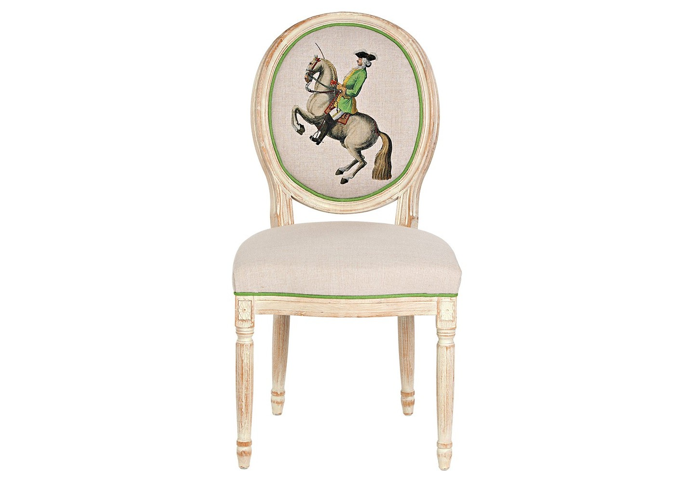 Стул «Верховая езда, Урок № 11»Обеденные стулья<br>Кавалерист французской армии, изображенный на спинке стула &amp;quot;Верховая езда, Урок № 11&amp;quot;, демонстрирует зрителям пилотажный трюк &amp;quot;пезада&amp;quot;. Так называется элемент высшей школы верховой езды, при котором лошадь совершает высокий подъём и затем опускается на землю. Дизайн стула создан на основе исторических гравюр Фридриха Вильгельма, Барона фон Айзенберг (1700-1770). Корпус стула изготовлен из натурального бука. Цветочные узоры, кольца и желобки придают массивному дереву визуальную легкость. Обивка оснащена тефлоновым покрытием против пятен.&amp;lt;div&amp;gt;&amp;lt;br&amp;gt;&amp;lt;/div&amp;gt;&amp;lt;div&amp;gt;Материал: каркас - бук, обивка - 20% лен, 80% полиэстер&amp;lt;br&amp;gt;&amp;lt;/div&amp;gt;<br><br>Material: Бук<br>Ширина см: 62<br>Высота см: 101<br>Глубина см: 50