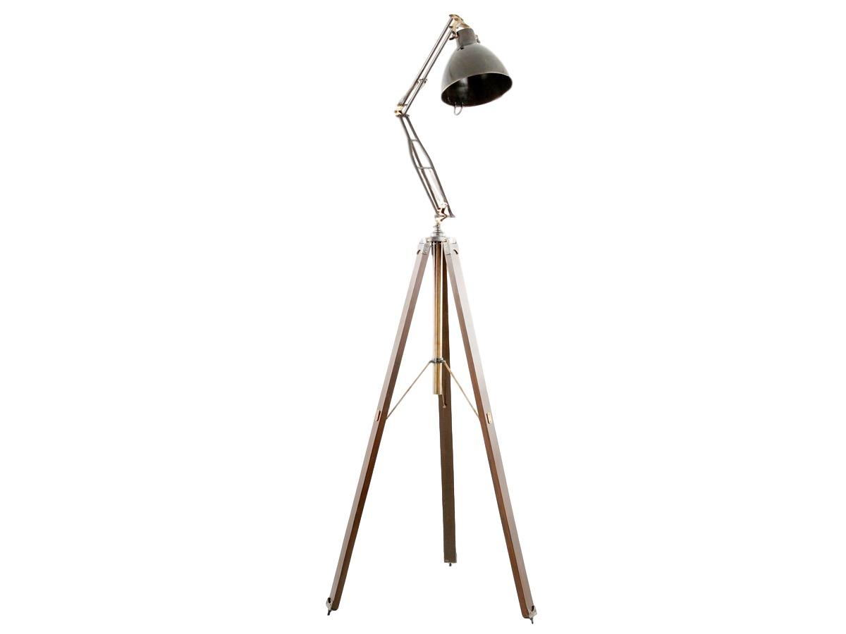 Светильник напольный LeonardoТоршеры<br>Неординарный светильник для тех, кто ищет особенные вещи в интерьер своих кабинета или гостиной.<br><br>Цоколь: Е-27, max 40W<br><br>Material: Металл<br>Length см: 100.0<br>Width см: 100.0<br>Depth см: None<br>Height см: 167.0<br>Diameter см: None