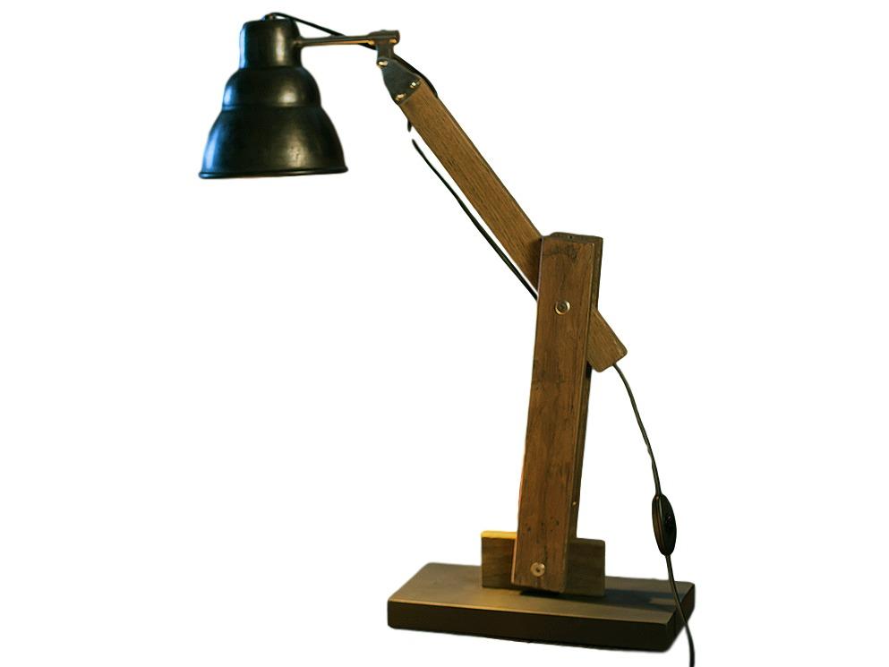 Настольный светильник JEFFНастольные лампы<br>&amp;lt;div&amp;gt;Тип цоколя: Е27&amp;amp;nbsp;&amp;lt;/div&amp;gt;&amp;lt;div&amp;gt;Мощность: 40W&amp;lt;/div&amp;gt;&amp;lt;div&amp;gt;Лампочка: 1&amp;lt;/div&amp;gt;<br><br>Material: Тик<br>Ширина см: 30<br>Высота см: 64<br>Глубина см: 15