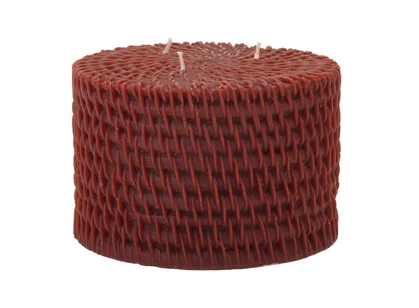 Свеча Rattan RoundСвечи<br>Долгогорящая свеча из натурального воска, коллекция Rattan, аромат Sandalwood.  Время горения свечи - 160 часов.<br><br>Material: Воск<br>Высота см: 10