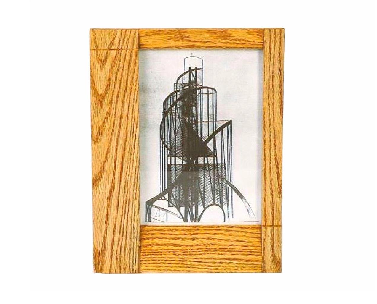 Рамка для фотографийРамки для фотографий<br>Настенная рамка для фотографий или картин из массива дерева. Подходит для изображений размера А4.&amp;amp;nbsp;<br><br>Material: Дуб<br>Width см: 30<br>Depth см: 2<br>Height см: 39