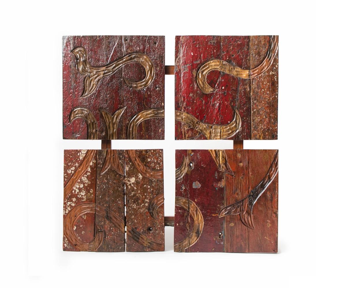 Декоративная панель  MaoriПанно<br>Необычная декоративная панель из старинных лодок от незаурядных All From Boats.<br><br>Material: Тик<br>Ширина см: 120<br>Высота см: 120<br>Глубина см: 3