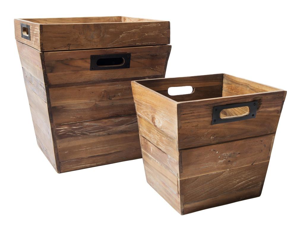 Набор из ящиков SOLO 1Ящики<br>Необычный набор из ящиков и подноса. Позволяет организовать небольшое пространство комнаты. Материал - массив тика, металл.<br><br>Material: Тик<br>Length см: 40<br>Width см: 45<br>Height см: 50