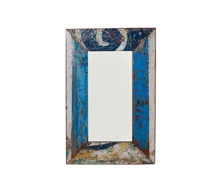 Зеркало MoorНастенные зеркала<br>Все любят сказки и загадочные истории. Парочку индонезийских сказок может вам рассказать это винтажное зеркало серии MOOR от Teak House, ведь его рама сделана из досок разбитых рыбацких лодок. Чтобы не стерлись следы старой краски, в которой угадываются изначальные орнаменты, изделие покрыто шеллаком.&amp;amp;nbsp;&amp;lt;div&amp;gt;&amp;lt;br&amp;gt;&amp;lt;/div&amp;gt;&amp;lt;div&amp;gt;Расцветку зеркала уточняйте у оператора.&amp;lt;/div&amp;gt;<br><br>Material: Тик<br>Length см: None<br>Width см: 70.0<br>Depth см: 3.0<br>Height см: 160.0<br>Diameter см: None