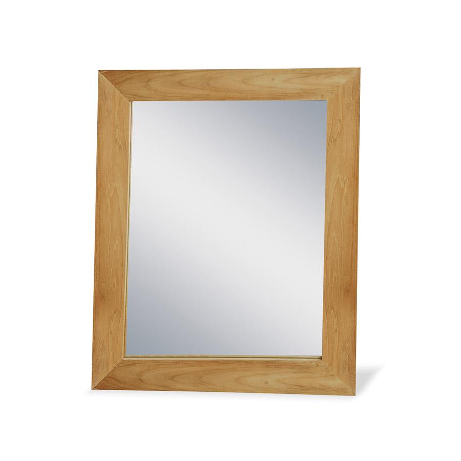 Зеркало Labaule IIНастенные зеркала<br>Зеркало из Индонезии от компании Teak House отлично подходит для оформления ванной комнаты: древесина тика влагоустойчива, поэтому предмет сможет сохранить свой первозданный вид на протяжении многих лет. Большое зеркало отлично впишется в интерьер бани, сауны, ванной комнаты, оформленной с применением натуральных материалов.<br><br>Material: Тик<br>Ширина см: 70<br>Высота см: 90<br>Глубина см: 3