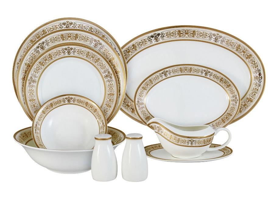 Обеденный сервиз 27 предметов на 6 персон ШарлоттаСтоловые сервизы<br>В комплект входят: 6 обеденных тарелок 25,5см, 6 суповых тарелок 23см, 6 &amp;amp;nbsp;закусочных тарелок 21см, 1 салатник 23см, 2 салатника 16,5см, 1 блюдо 36,5с, 1 блюдо 23,5 см, соусник+блюдо под него, набор для специй.<br><br>Material: Фарфор