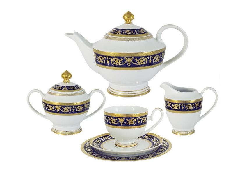 Чайный сервиз 23 предмета на 6 персон ИмператорскийЧайные сервизы<br>В комплект входят: 6 чашек 0,2л,6 блюдец,6 тарелок 19см, чайник с крышкой 1,4л, сахарница с крышкой 0,45л, сливочник 0,3л.<br><br>Material: Фарфор