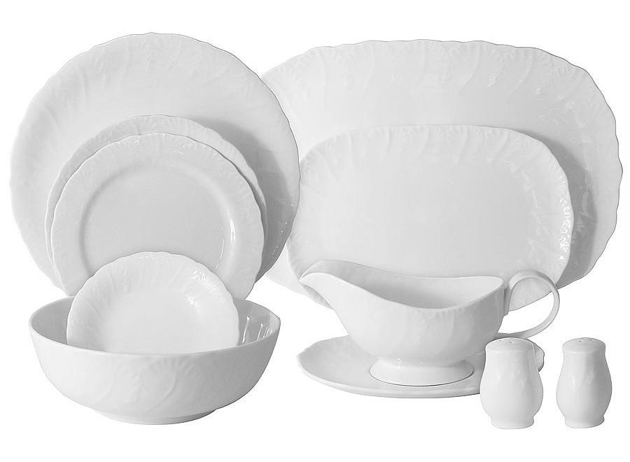 Обеденный сервиз 27 предметов на 6 персон Белый городСтоловые сервизы<br>В комплект входят: 6 закус тарелок 19см, 6 суповых тарелок 20,5см, 6 обед.тарелок 27,5см; 2 салатника 15,5см; 1 салатник 23см; 2 блюда 27см; 1 блюдо 38см; соусник ; солонка, перечница.<br><br>Material: Фарфор