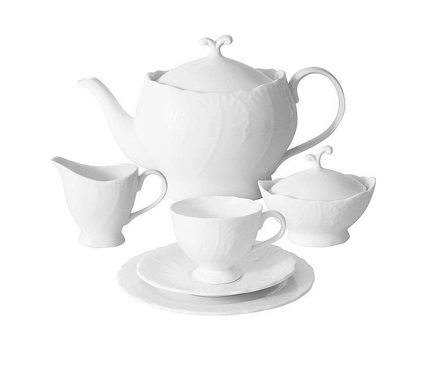 Чайный сервиз 21 предмет на 6 персон Белый городЧайные сервизы<br>В комплект входят: 6 чашек 0,15л; 6 блюдец; 6 тарелок 19см, чайник 1,0л, сахарница 0,1л, молочник 0,1л.<br><br>Material: Фарфор