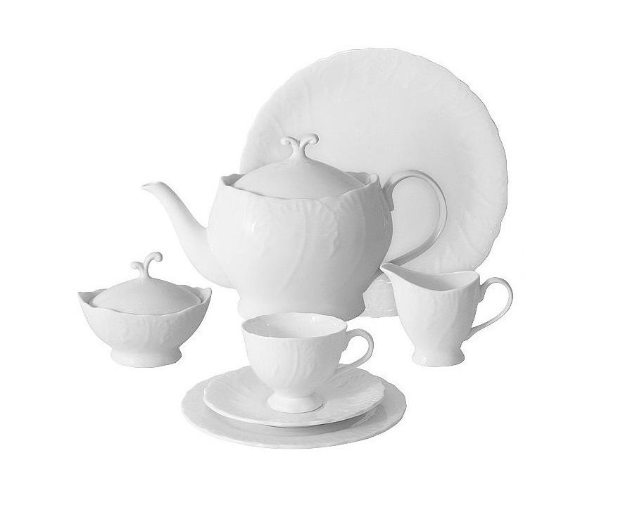 Чайный сервиз 40 предметов на 12 персон Белый городЧайные сервизы<br>В комплект входят: 12 чашек 0,15л; 12 блюдец; 12 тарелок 19см, чайник1,0л, сахарница 0,1л, молочник 0,1л, блюдо 42х21см.<br><br>Material: Фарфор