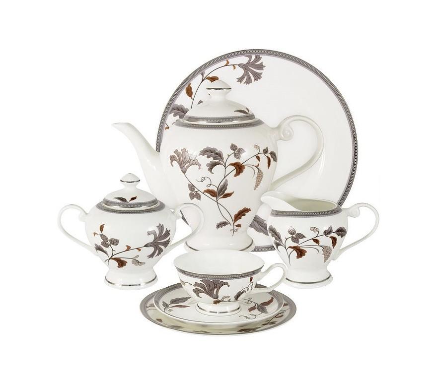 Чайный сервиз 40 предметов на 12 персон Серебряный листЧайные сервизы<br>В комплект входят: 12 чашек 0.2л, 12 блюдец, 12 тарелок 19см, чайник 1.2л, сахарница 0.35л, молочник 0.35л ; блюдо для торта 31см.<br><br>Material: Фарфор