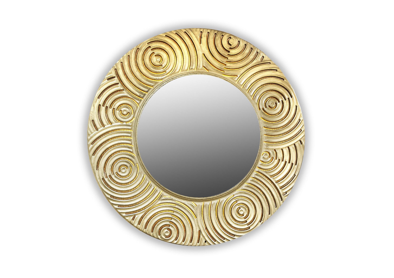 Зеркало PenumbraНастенные зеркала<br>&amp;lt;span style=&amp;quot;line-height: 24.9999px;&amp;quot;&amp;gt;Зеркало в массивной круглой раме с геометрически правильным узором, выкрашенное в золотой оттенок – очень богатое и неординарное украшение с этническим акцентом. Тем более, что оно изготовлено вручную из натуральной древесины. Для подсветки диска внутри установлены 4 светодиодные лампы. Размер изделия составляет 990х990 мм, толщина – 7см, вес – 7 кг.&amp;lt;/span&amp;gt;<br><br>Material: Дерево<br>Width см: None<br>Depth см: 0,8<br>Height см: None<br>Diameter см: 90