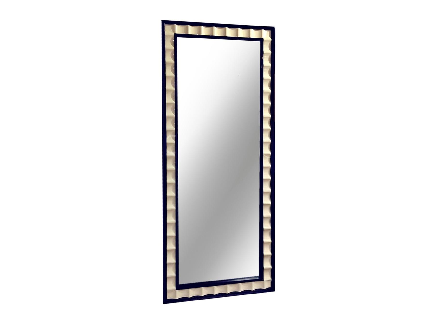 Зеркало PRATOНапольные зеркала<br>Зеркало прямоугольной формы выполнено в стиле Ар деко.<br><br>Material: Дерево<br>Width см: 80<br>Depth см: 4,5<br>Height см: 187