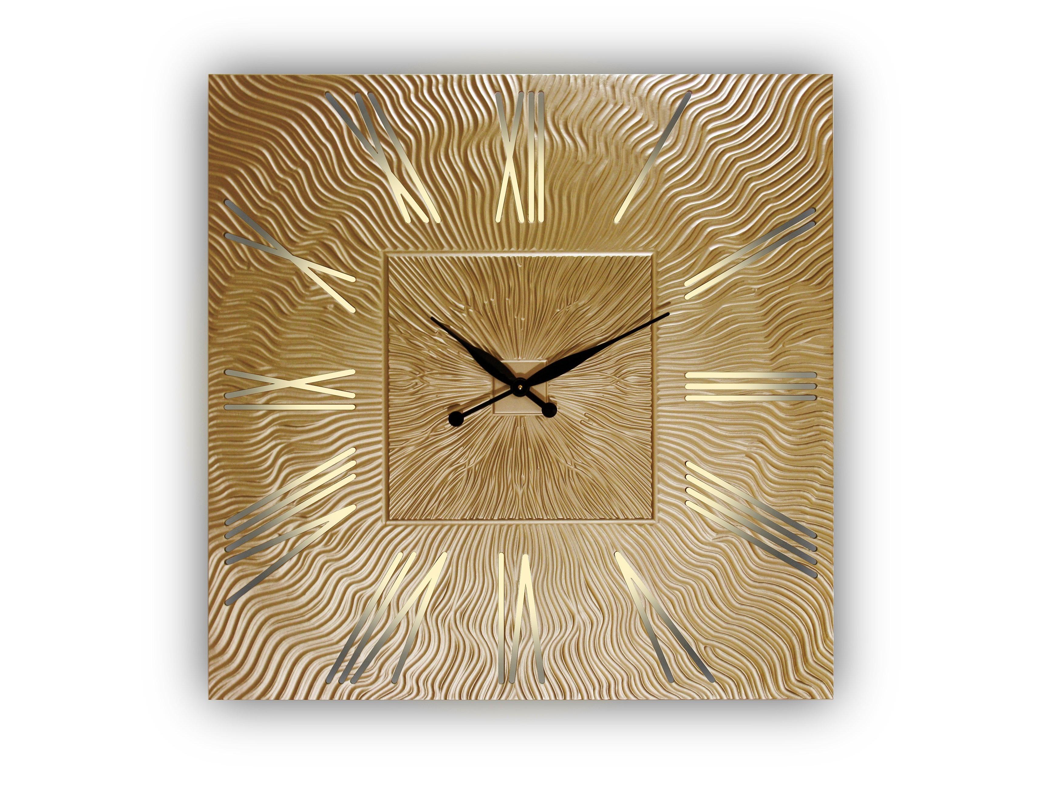Часы настенные Twinkle QuНастенные часы<br>&amp;lt;div&amp;gt;Кварцевый механизм.&amp;lt;/div&amp;gt;Часы оснащены встроенной светодиодной подсветкой&amp;lt;div&amp;gt;&amp;lt;span style=&amp;quot;font-size: 14px;&amp;quot;&amp;gt;Возможны варианты с другими размерами без изменения цены: представлены часы с диаметрами 90, 80, 75 и 60 см.&amp;lt;/span&amp;gt;&amp;lt;br&amp;gt;&amp;lt;/div&amp;gt;<br><br>Material: Дерево<br>Height см: 0.8<br>Diameter см: 90