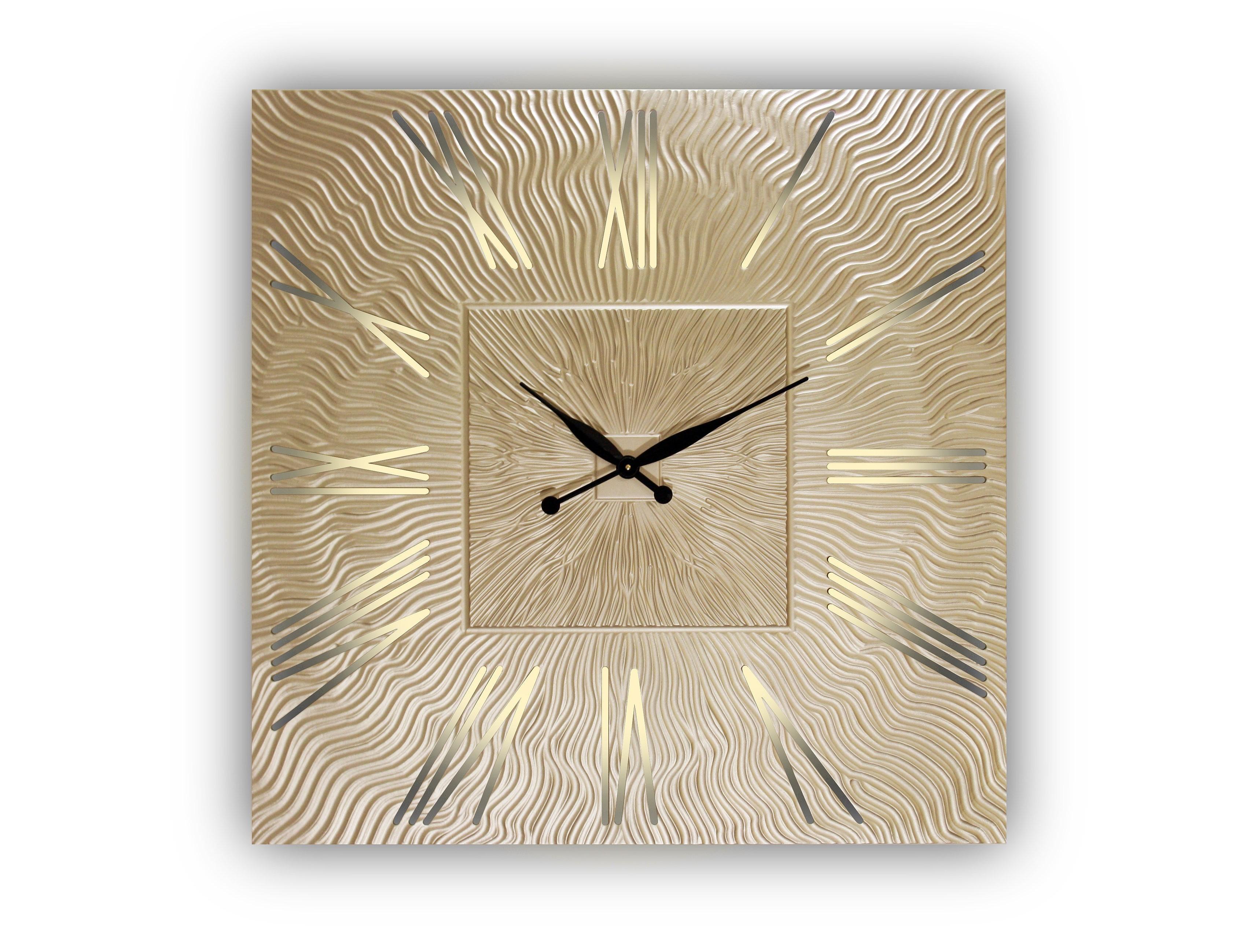 Часы настенные Twinkle QuНастенные часы<br>Кварцевый механизм&amp;lt;div&amp;gt;Часы оснащены встроенной светодиодной подсветкой&amp;amp;nbsp;&amp;lt;/div&amp;gt;&amp;lt;div&amp;gt;Возможны варианты с другими размерами без изменения цены: представлены часы с диаметрами 90, 80, 75 и 60 см.&amp;lt;/div&amp;gt;<br><br>Material: Дерево<br>Height см: 0.8<br>Diameter см: 90