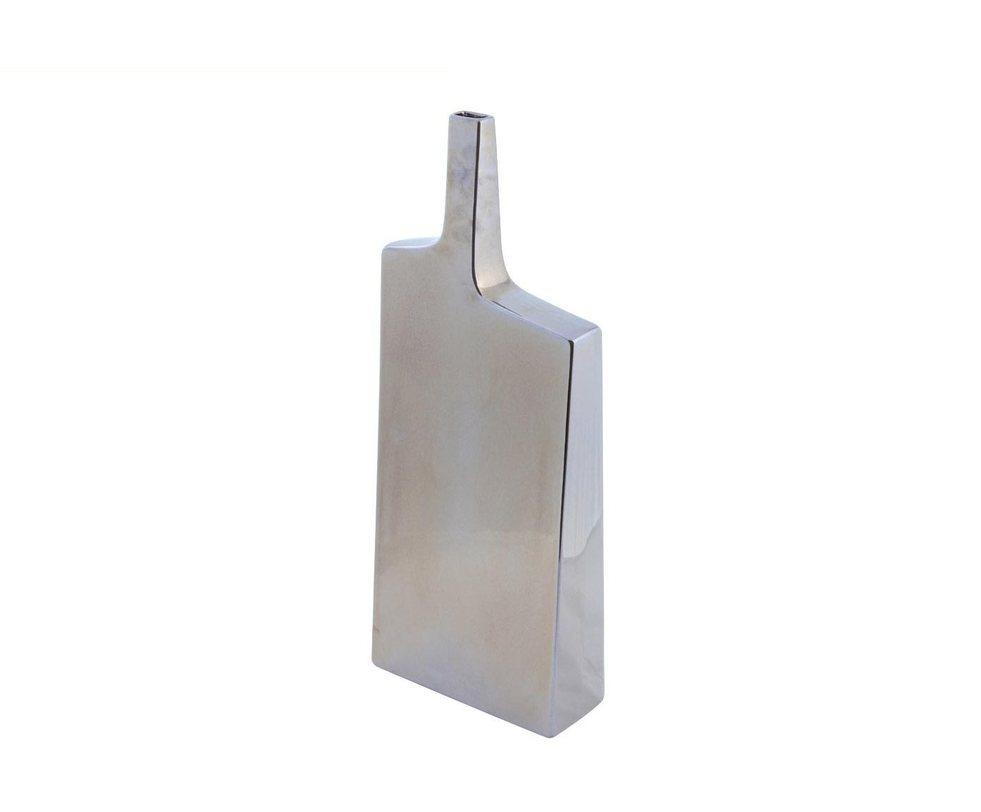Ваза декоративная Fine foldВазы<br>Трудно поверить, что эта блестящая ваза выполнена из керамики: острые углы, асимметрия — только самые искусные мастера могут так подчинить себе этот материал.<br><br>Material: Керамика<br>Ширина см: 8<br>Высота см: 48
