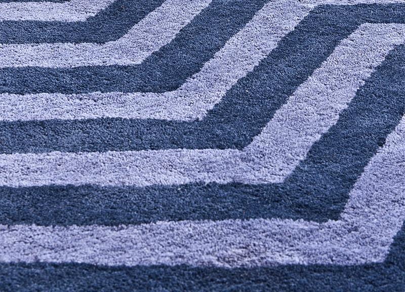 КоверПрямоугольные ковры<br>Ковер Carpet Cerdagne из 100% новозелландской шерсти. Цвет: синий с орнаментом. Ручная работа.<br><br>Material: Шерсть<br>Ширина см: 400<br>Глубина см: 300