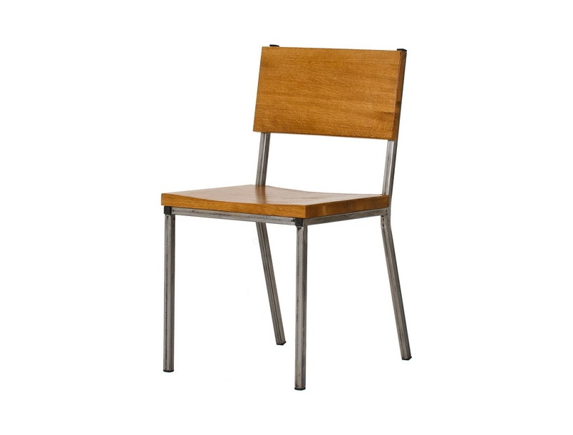 СтулОбеденные стулья<br>Материал: дуб, фанера/МДФ шпонированная узелковым дубом, сталь.<br><br>Material: МДФ<br>Ширина см: 40<br>Высота см: 90<br>Глубина см: 40
