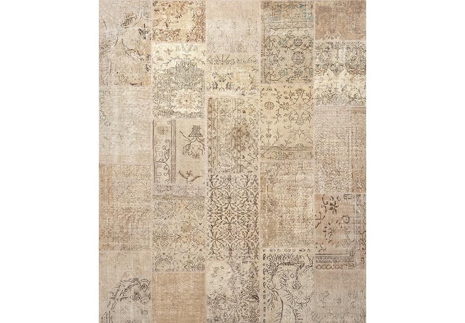 КоверПрямоугольные ковры<br>Ковер Carpet Vintage Patchwork выполнен из 100% шерсти. Цвет: бежевый с рисунком. Ручная работа.<br><br>Material: Шерсть<br>Width см: 300<br>Depth см: 250