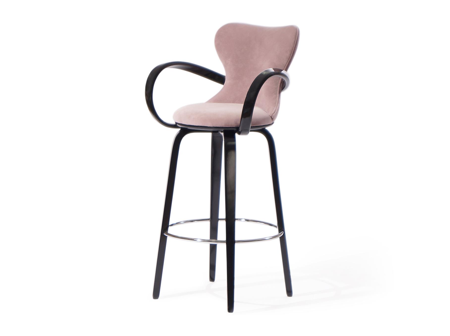 """Стул барный """"Apriori –S""""Барные стулья<br>барный  стул из натурального гнутого дерева.&amp;amp;nbsp;&amp;lt;div&amp;gt;Высота от пола до верха сидения 70см .&amp;lt;/div&amp;gt;<br><br>Material: Дерево<br>Ширина см: 53.0<br>Высота см: 108.0<br>Глубина см: 53.0"""