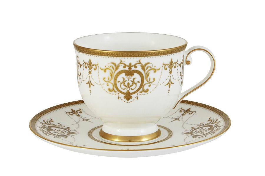 Чашка с блюдцем Тиара ГолдЧайные пары, чашки и кружки<br>&amp;lt;span style=&amp;quot;font-size: 14px;&amp;quot;&amp;gt;Объем:&amp;amp;nbsp;0,24 л.&amp;lt;/span&amp;gt;<br><br>Material: Фарфор<br>Height см: 8,5
