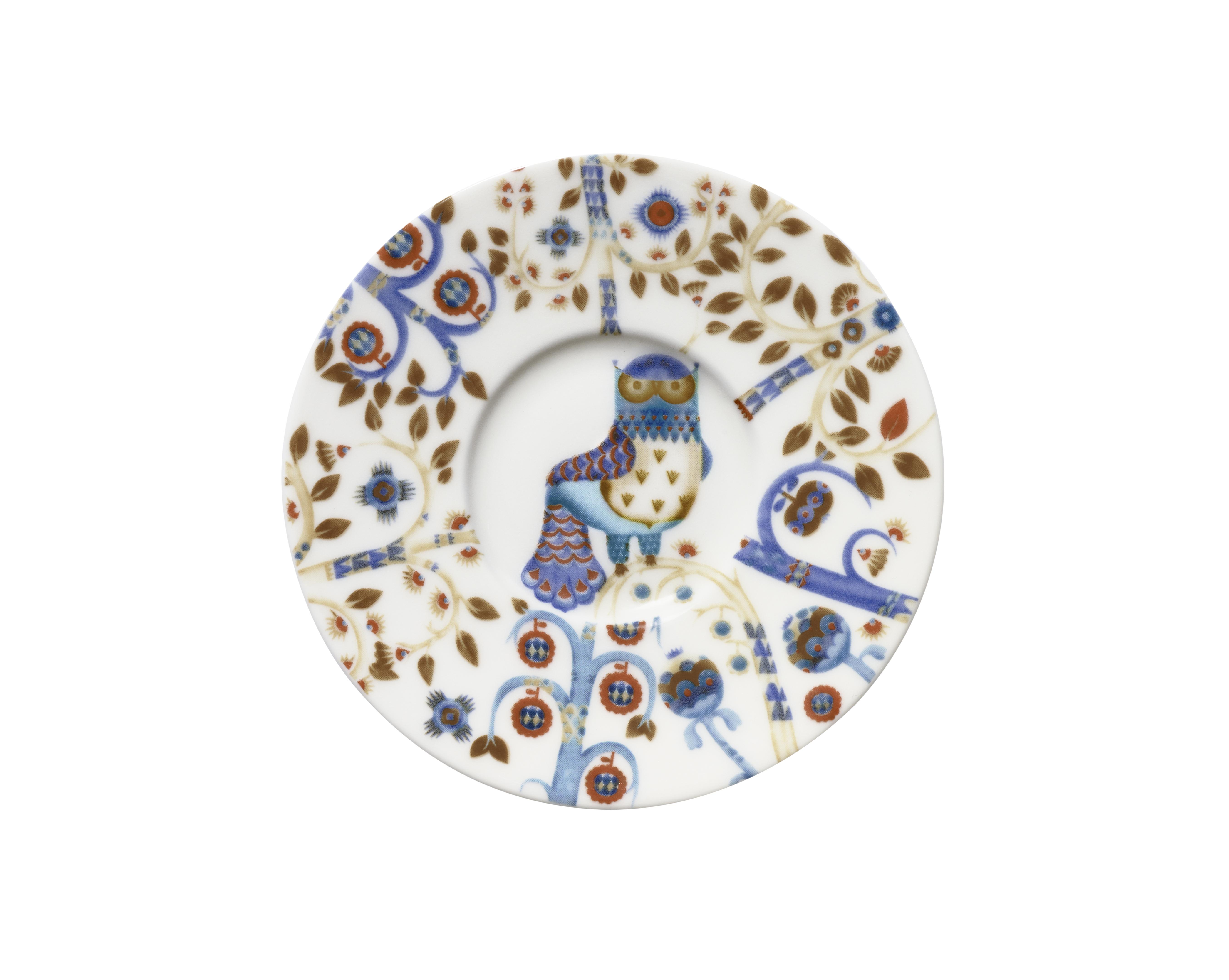 Блюдце под чашку для кофе эспрессо TaikaЧайные пары, чашки и кружки<br>На финском языке Taika означает «волшебство». Знаменитый финиский дизайнер и иллюстратор Klaus Haapaniemi хочет, чтобы его иллюстрации дали толчок вашему воображению. В сочетании с другими сериями Iittala, Taika позволяет прикоснуться к миру фантазии, впустить волшебство в нашу повседневную жизнь.<br><br>Material: Фарфор<br>Length см: None<br>Width см: None<br>Depth см: None<br>Height см: 1<br>Diameter см: 11