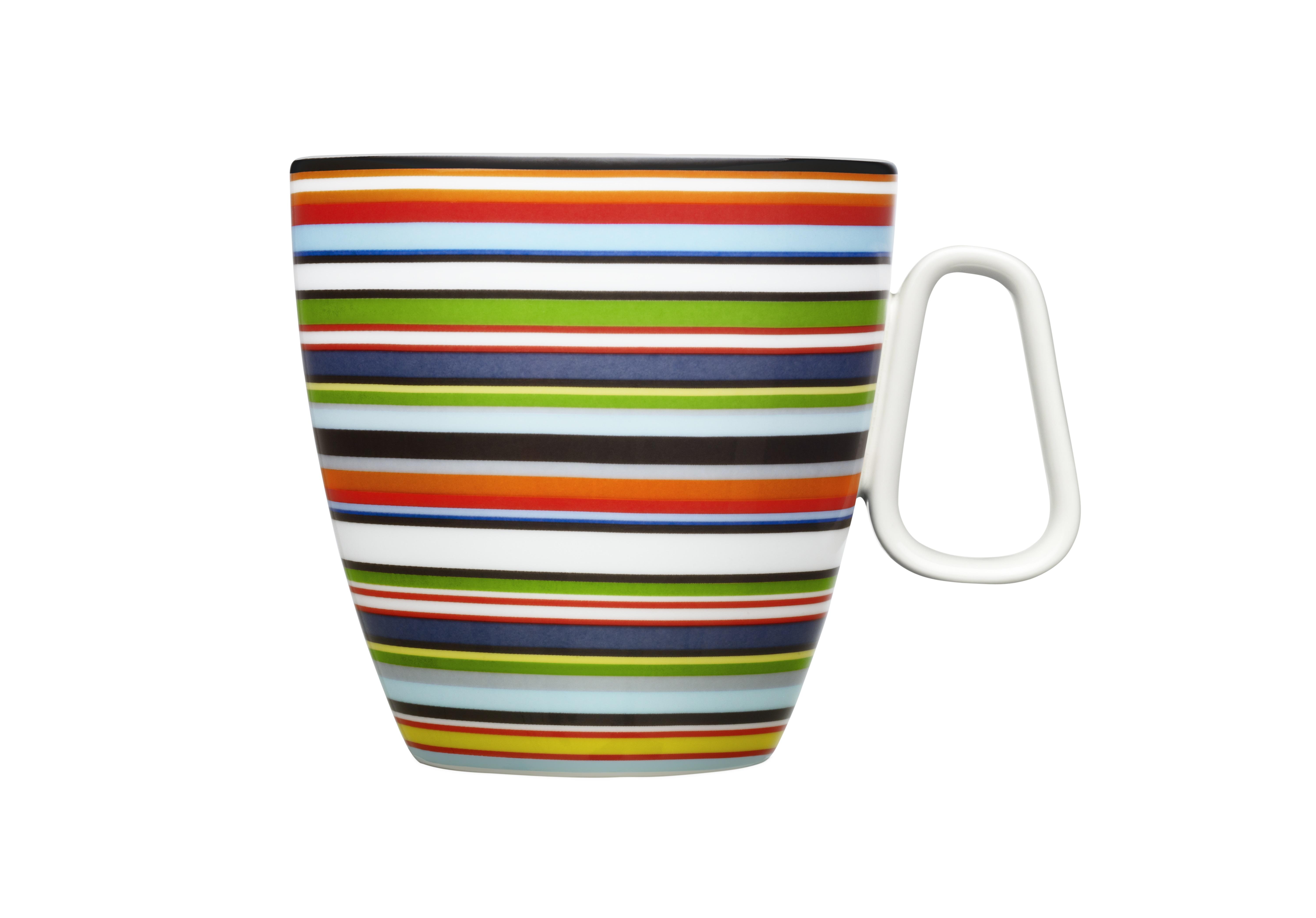 Чашка OrigoЧайные пары, чашки и кружки<br>Смелый полосатый рисунок посуды серии Origo будет свежо смотреться на любой кухне. Посуда прекрасно сочетается с посудой других серий Iittala и подходит для приёма любой пищи. Впервые серия вышла 1999 году и с того момента стала невероятно популярной во всем мире.<br><br>Material: Фарфор<br>Length см: None<br>Width см: 12<br>Depth см: 9<br>Height см: 9<br>Diameter см: None