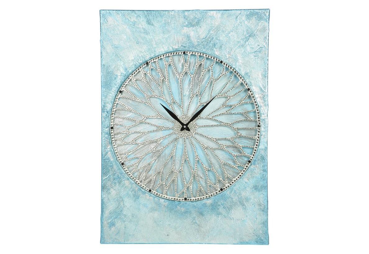 Настенные часы Небесная фортунаНастенные часы<br>&amp;lt;div&amp;gt;Часы сделаны на холсте, покрыты акриловыми красками небесных оттенков. Само колесо выполнено из древесины, которая с помощью лазерной резки приняла форму колеса. Покрыто тысячами кристаллов горного хрусталя.&amp;lt;/div&amp;gt;&amp;lt;div&amp;gt;&amp;lt;br&amp;gt;&amp;lt;/div&amp;gt;&amp;lt;div&amp;gt;Материал: холст, дерево, акриловая краска, более 2000 кристаллов австрийского производства.&amp;lt;/div&amp;gt;&amp;lt;div&amp;gt;Механизм: кварцевый.&amp;lt;/div&amp;gt;<br><br>Material: Холст<br>Width см: 50<br>Depth см: 4<br>Height см: 70