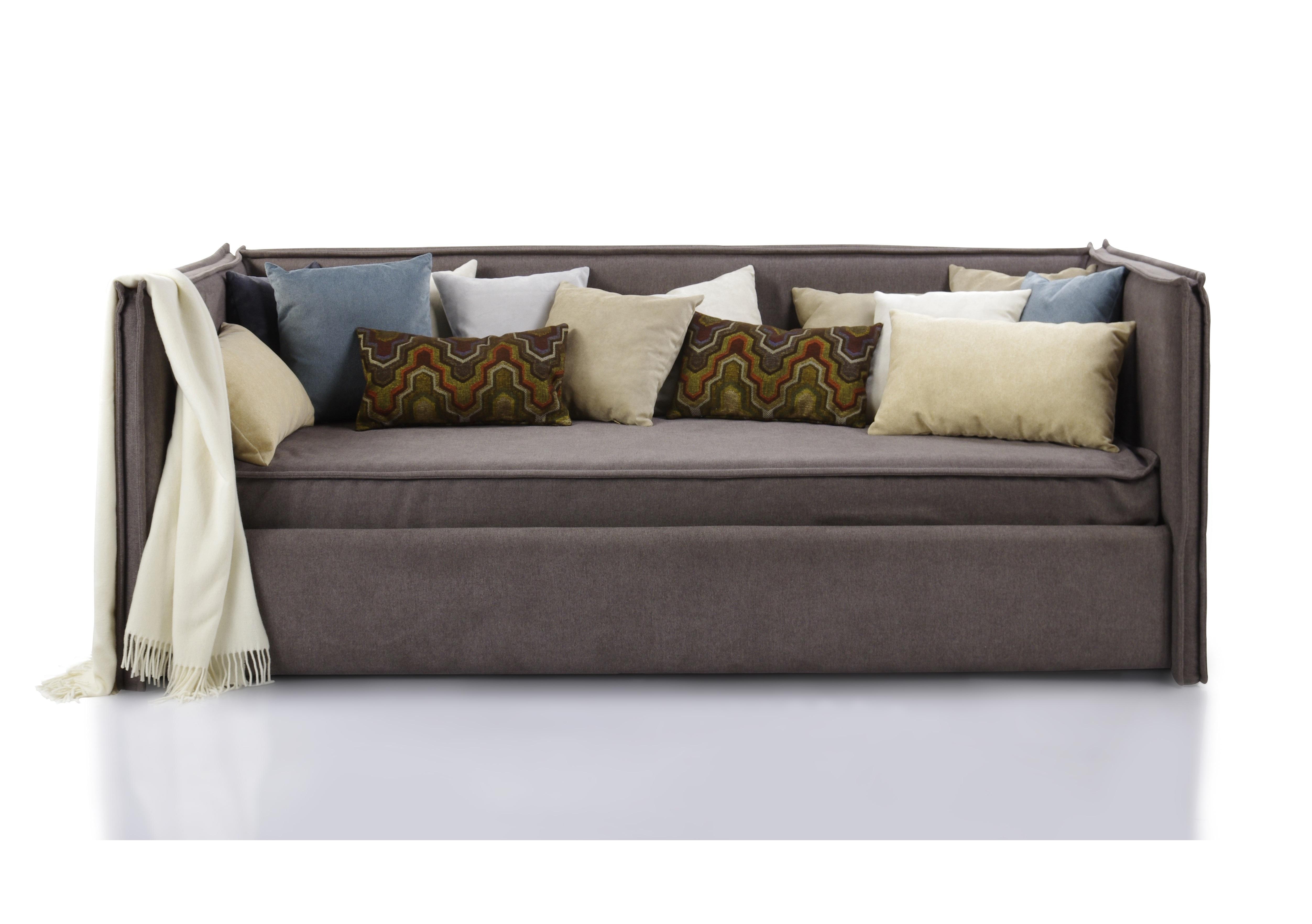 Кровать-диван SoloПрямые раскладные диваны<br>Кровать-диван  «Solo».                                                                                                                                                                                                                                                                                                                                                                                                                                                                                                    Штатный размер посадочного и спального места 200х120<br>Ортопедическое основание  входит в комплект <br>Ортопедический матрас в комплекте.<br>Декоративные подушки входят в комплект поставки<br>Плед в комплект не входит<br>Элемент дизайна: отличается современным дизайном и высокой функциональностью. Он занимает мало места и способен вписаться в помещение,оформленное в любом стиле <br>Цвет коричневый ,велюр                                                                                                                                                                                                                                                                                                                                                                                                                                                                                                            Все чехлы съемные на липучках (можно чистить) .&amp;lt;div&amp;gt;Декоративные подушки и плед в стоимость не входят.&amp;lt;br&amp;gt;&amp;lt;div&amp;gt;&amp;lt;br&amp;gt;&amp;lt;/div&amp;gt;&amp;lt;div&amp;gt;Опции:&amp;amp;nbsp;&amp;lt;/div&amp;gt;&amp;lt;div&amp;gt;Варианты спальных мест&amp;amp;nbsp;&amp;lt;/div&amp;gt;&amp;lt;div&amp;gt;200x90&amp;amp;nbsp;&amp;lt;/div&amp;gt;&amp;lt;div&amp;gt;190х90&amp;amp;nbsp;&amp;lt;/div&amp;gt;&amp;lt;div&amp;gt;200x100&amp;amp;nbsp;&amp;lt;/div&amp;gt;&amp;lt;div&amp;gt;190x100&amp;amp;nbsp;&amp;
