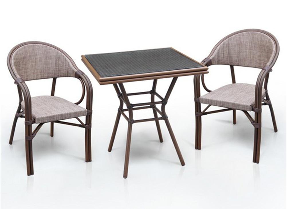 Набор мебелиКомплекты уличной мебели<br>Стол: D70xW70хH74 см. <br>Стекло: закаленное- 5 мм.<br>Каркас: алюминий с полимерным покрытием. <br>Столешница текстилен.&amp;amp;nbsp;&amp;lt;div&amp;gt;Кресло: W57хВ57xH83 см. <br>Каркас: алюминий с полимерным покрытием. <br>Материал: текстилен 1&amp;amp;nbsp;&amp;lt;/div&amp;gt;<br><br>Material: Искусственный ротанг<br>Ширина см: 70<br>Высота см: 74<br>Глубина см: 70