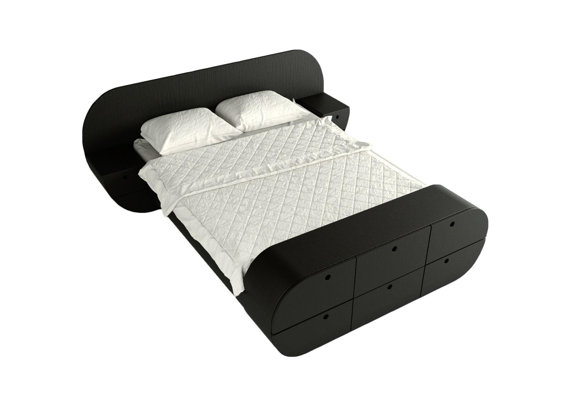 Кровать с тумбами и комодом ЦиклДеревянные кровати<br>Отличный комплект - кровать, 2 тумбы, комод!<br>Представляет собой единую констукцию, изделие покрыто натуральным шпоном, теплый и приятный материал<br>Матрас, белье и подушки в стоимость не входят.&amp;lt;div&amp;gt;&amp;lt;br&amp;gt;&amp;lt;/div&amp;gt;&amp;lt;div&amp;gt;Размер спального места: 160см на 200см&amp;amp;nbsp;&amp;lt;/div&amp;gt;&amp;lt;div&amp;gt;Материал: МДФ, шпон<br>Установка не требуется&amp;lt;/div&amp;gt;<br><br>Material: МДФ<br>Width см: 218<br>Depth см: 267<br>Height см: 87