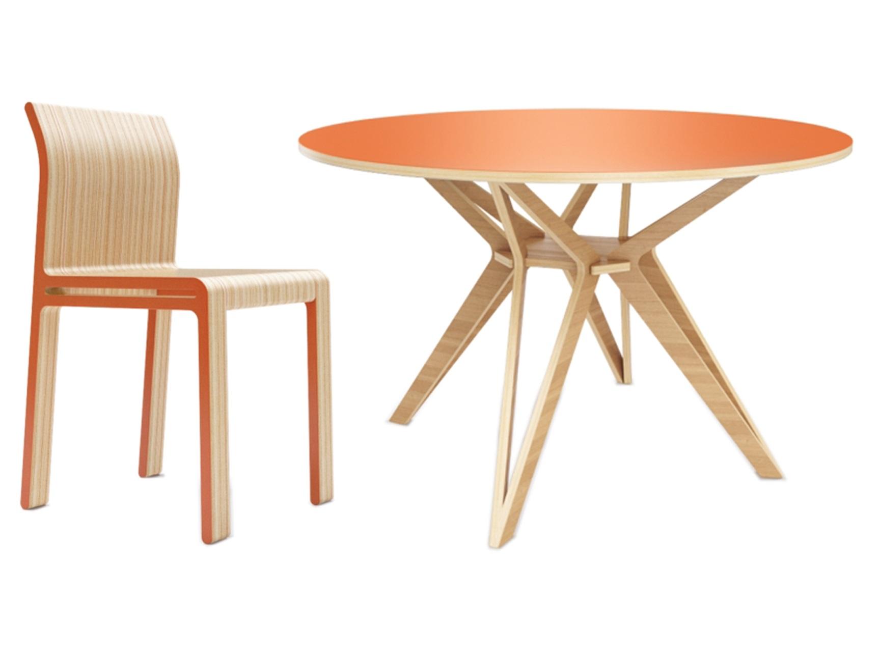Обеденная группа Hagfors (стол + 4 стула)Комплекты для столовой<br>&amp;lt;div&amp;gt;Hagfors – это стол, необычный дизайн которого создаст изящный акцент в вашем интерьере.&amp;amp;nbsp;&amp;lt;/div&amp;gt;&amp;lt;div&amp;gt;Возможен в диаметрах 60, 90, 100, 120 и 148см.&amp;lt;/div&amp;gt;&amp;lt;div&amp;gt;Окрас элементов стула в морковный цвет.&amp;lt;/div&amp;gt;&amp;lt;div&amp;gt;Отделка стола шпоном дуба.&amp;lt;br&amp;gt;&amp;lt;/div&amp;gt;&amp;lt;div&amp;gt;Возможность изготовления комплекта в других цветах расцветках&amp;lt;/div&amp;gt;&amp;lt;div&amp;gt;&amp;lt;br&amp;gt;&amp;lt;/div&amp;gt;&amp;lt;div&amp;gt;Размеры стола: 75/120 см&amp;lt;br&amp;gt;&amp;lt;/div&amp;gt;&amp;lt;div&amp;gt;Материал стола: Фанера&amp;lt;br&amp;gt;&amp;lt;/div&amp;gt;&amp;lt;div&amp;gt;&amp;lt;div&amp;gt;Размеры стула: 40/46/82 см&amp;lt;br&amp;gt;&amp;lt;/div&amp;gt;&amp;lt;div&amp;gt;Материал стула: Фанера&amp;lt;/div&amp;gt;&amp;lt;/div&amp;gt;&amp;lt;div&amp;gt;&amp;lt;br&amp;gt;&amp;lt;/div&amp;gt;<br><br>Material: Фанера<br>Высота см: 75