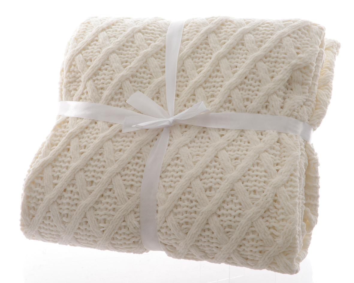 Трикотажный пледХлопковые пледы<br>Материал: полиэстер<br><br>Material: Текстиль<br>Width см: 150<br>Depth см: 1<br>Height см: 180