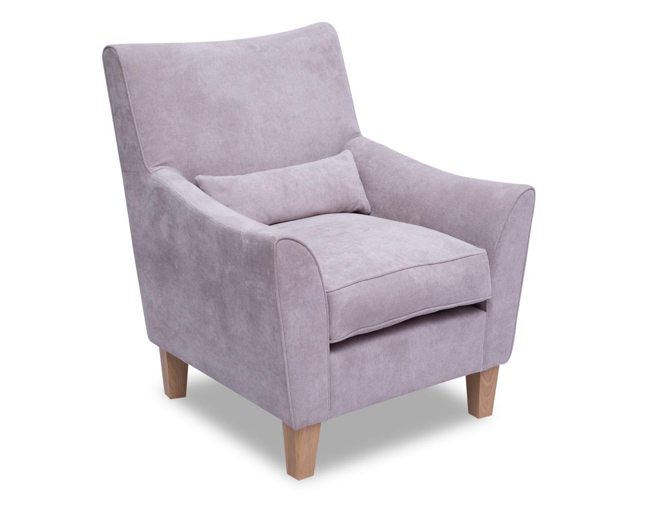 Кресло ХоленИнтерьерные кресла<br>Кресло Холен следует традициям английской сдержанности и элегантности. Удобное сидене не оставят равнодушными никого, кто хоть раз на них присел. Идеален для гостиных и кабинетов в стиле кантри. Каркас (комбинации дерева, фанеры и ЛДСП). Для сидячих подушек используют пену различной плотности, а также перо и силиконовое волокно. Для задних подушек есть пять видов наполнения: пена, измельченая пена, пена высокой эластичности, силиконовые волокно.&amp;amp;nbsp;&amp;lt;div&amp;gt;&amp;lt;br&amp;gt;&amp;lt;/div&amp;gt;&amp;lt;div&amp;gt;Материал обивки: Panama 5/1 light brown (Шенилл.&amp;amp;nbsp;&amp;lt;span style=&amp;quot;font-size: 14px;&amp;quot;&amp;gt;Состав: 85% полиэстер, 15% вискоза).&amp;amp;nbsp;&amp;lt;/span&amp;gt;&amp;lt;/div&amp;gt;<br><br>Material: Текстиль<br>Width см: 80<br>Depth см: 86<br>Height см: 93