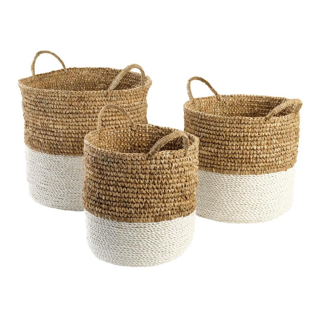 КорзинаКорзины<br>Набор из трех корзин Basket Clift set of 3 из сизаля - натурального грубого волокна, получаемого из листьев растения Agava. Цвет: бежевый, белый. Размеры: 44 x H. 37 cm, 36 x H. 31 cm, 30 x H. 29 cm.<br><br>Material: Текстиль