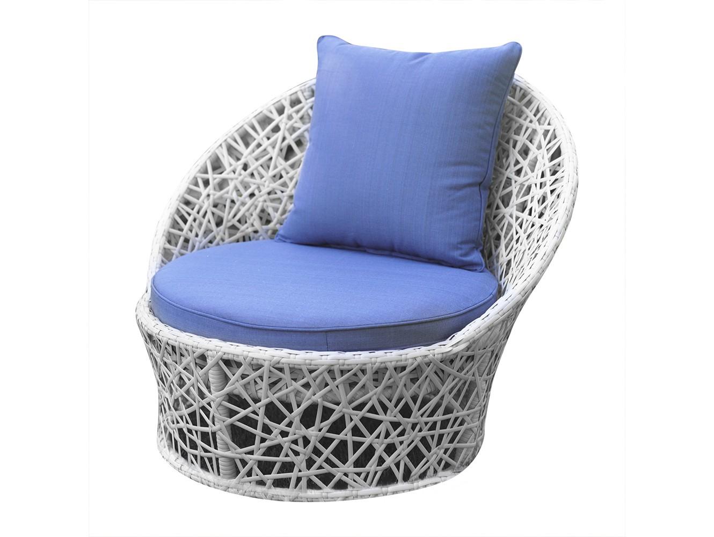 Кресло ЛаурельКресла для сада<br>Кресло из коллекции «Лаурель» поможет создать в Вашем интерьере ощущение легкости и воздушности, придаст ему спокойствие и величие. Небесно-голубые подушки в сочетании с белым плетением привнесут в Ваш дом стиль и особое настроение. Изящная мебель этой коллекции, как ни что иное, подчеркнет утонченность вкуса и благородство хозяев дома.<br>Кресла из коллекции «Лаурель» могут стоять на улице круглый год. Не боятся влаги и мороза.&amp;amp;nbsp;&amp;lt;div&amp;gt;&amp;lt;br&amp;gt;&amp;lt;/div&amp;gt;&amp;lt;div&amp;gt;Каркас не разборный, подушки входят в стоимость.&amp;amp;nbsp;&amp;lt;/div&amp;gt;&amp;lt;div&amp;gt;Цвет плетения: белый. Цвет подушек: нежно-голубой.&amp;amp;nbsp;&amp;lt;/div&amp;gt;<br><br>Material: Искусственный ротанг<br>Ширина см: 94<br>Высота см: 80<br>Глубина см: 85