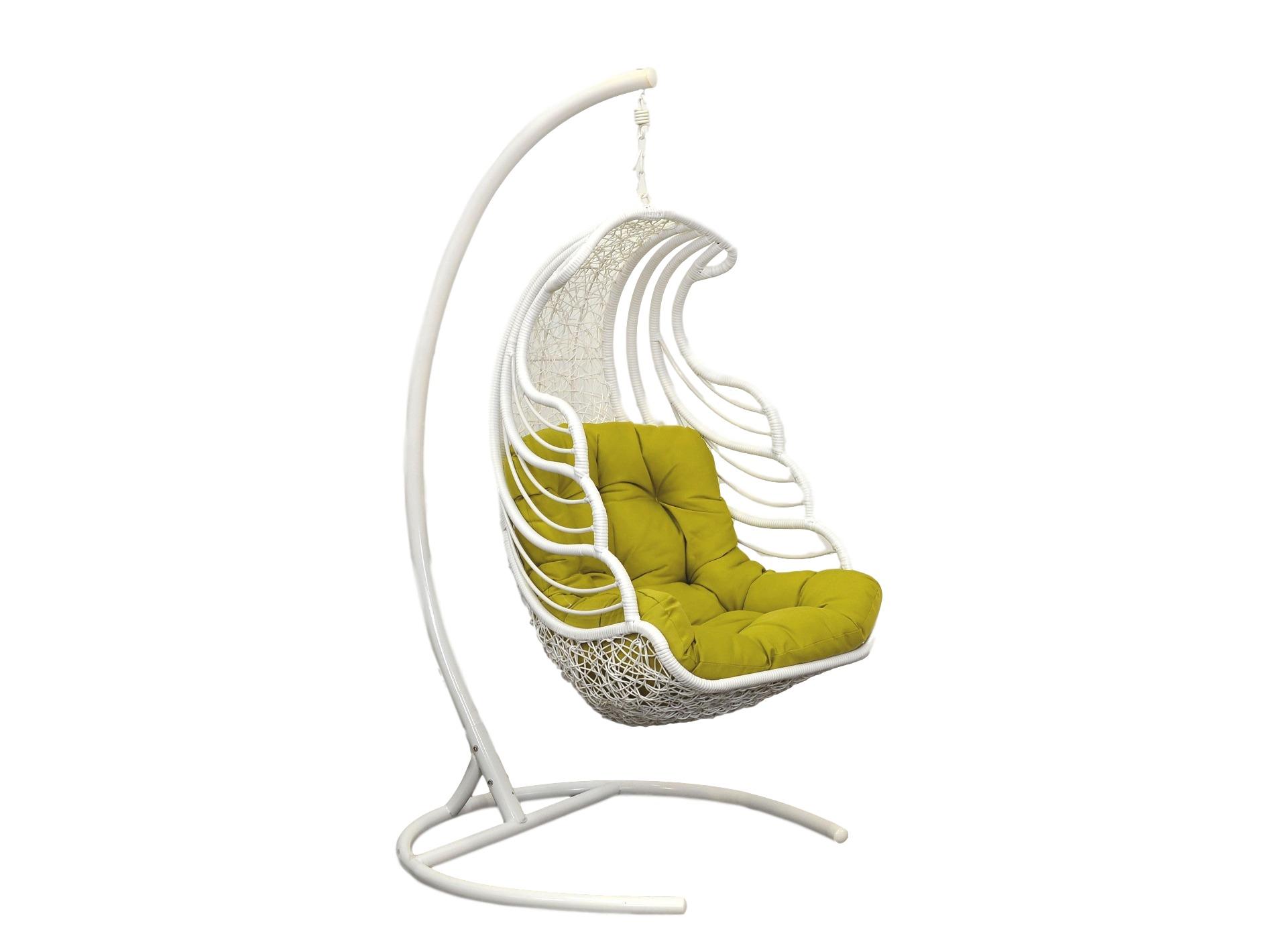Кресло подвесное ShellПодвесные кресла<br>Подвесное кресло Shell  выполнено из искусственного ротанга высокого качества. Искусственный ротанг круглой формы, что делает его очень похожим на натуральный ротанговый прут. Каркас опоры и самого кресла покрыт прочной, устойчивой к внешним воздействиям, порошковой краской. А мягкие подушки выполнены из водоотталкивающего материала. Основа кресла выполнена из стали, благодаря чему подвесное кресло может выдерживать вес до 120 кг. Когда Вы сидите  в кресле, общая нагрузка приходится не на ажурное плетение, а именно на металлический каркас.Материал каркаса: сталь.&amp;amp;nbsp;&amp;lt;div&amp;gt;&amp;lt;br&amp;gt;&amp;lt;/div&amp;gt;&amp;lt;div&amp;gt;Выдерживаемая нагрузка: 120 кг.&amp;amp;nbsp;&amp;lt;/div&amp;gt;&amp;lt;div&amp;gt;Вес: 35 кг.&amp;amp;nbsp;&amp;lt;/div&amp;gt;&amp;lt;div&amp;gt;Конструкция кресла: сборно-разборное. Кресло состоит из трех частей: основание, опора и чаша. Сборка не требует специальных навыков.&amp;lt;/div&amp;gt;<br><br>Material: Искусственный ротанг