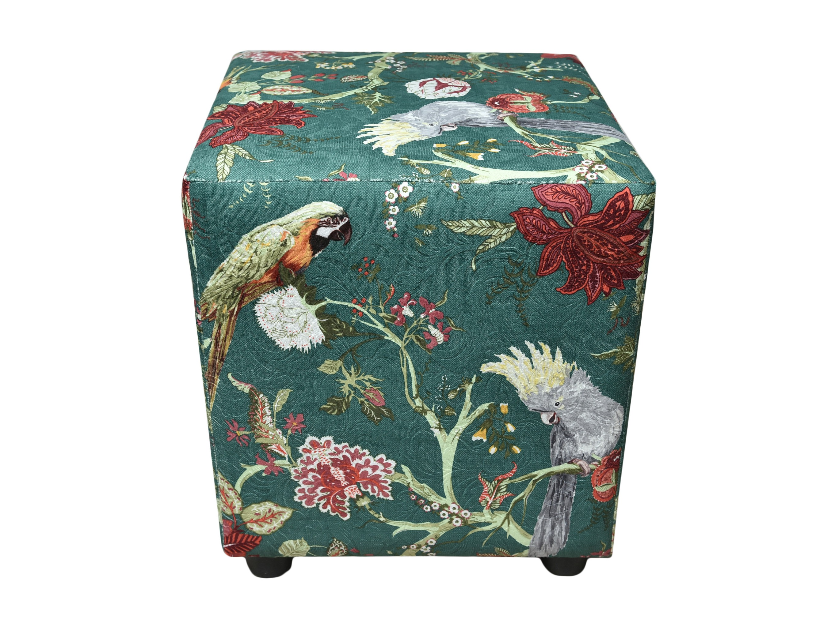 ПуфФорменные пуфы<br>Очень устойчивый пуф на деревянной основе станет незаменимым предметом декора или функциональной мебелью в вашем доме. А эксклюзивные ткани добавят изюминку в ваше пространство.<br><br>Material: Текстиль<br>Ширина см: 40<br>Высота см: 45<br>Глубина см: 40