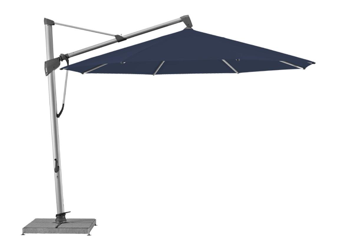 Уличный зонт Sombrano S+Тенты и зонты<br>Круглый зонт с боковой опорой, каркас из анодированного алюминия.&amp;lt;div&amp;gt;Вращается вокруг своей оси.&amp;amp;nbsp;&amp;lt;/div&amp;gt;&amp;lt;div&amp;gt;Регулируется угол наклона купола.&amp;amp;nbsp;&amp;lt;/div&amp;gt;&amp;lt;div&amp;gt;&amp;lt;br&amp;gt;&amp;lt;/div&amp;gt;&amp;lt;div&amp;gt;Плотность ткани 250 g/m2.&amp;amp;nbsp;&amp;lt;/div&amp;gt;&amp;lt;div&amp;gt;Максимальная ветровая нагрузка 35км/ч.&amp;amp;nbsp;&amp;lt;/div&amp;gt;&amp;lt;div&amp;gt;В комплект входит:  база 180кг,декоративная крышка для базы, защитный чехол.&amp;amp;nbsp;&amp;lt;/div&amp;gt;<br><br>Material: Алюминий<br>Высота см: 300