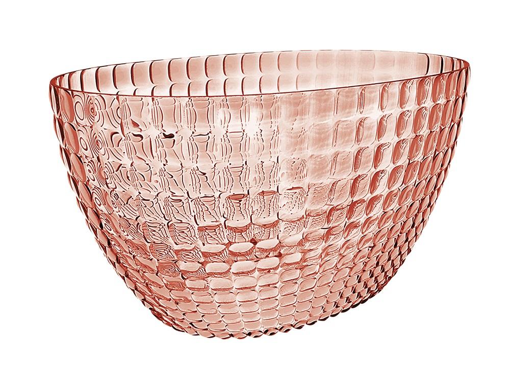 Ведерко для шампанского TiffanyМиски и чаши<br>Ведерко для шампанского - это общепризнанный символ праздника и один из главных предметов сервировки на столе. Оно подчеркивает торжественную атмосферу, привлекает взгляды гостей и украшает своим присутствием любой вечер. Дизайн ведерка Tiffany отличается оригинальной рельефной формой, которая в сочетании с прозрачным материалом заставляет поверхность сверкать и переливаться на свету.<br><br>Ведерко представляет собой расширяющийся кверху овал и может вместить сразу две бутылки белого вина. Прямой и ровный край гарантирует, что ведерко не треснет, если бутылка ударится о его стенку. Яркий, функциональный и привлекательный предмет для вечеринок с друзьями, семейных праздников и торжественных мероприятий.<br><br>Изготовлено из высококачественного органического стекла, устойчивого к износу и повреждениям. Не содержит вредных примесей и бисфенола-А. Моется вручную.<br><br>Material: Стекло<br>Ширина см: 28<br>Высота см: 19<br>Глубина см: 17
