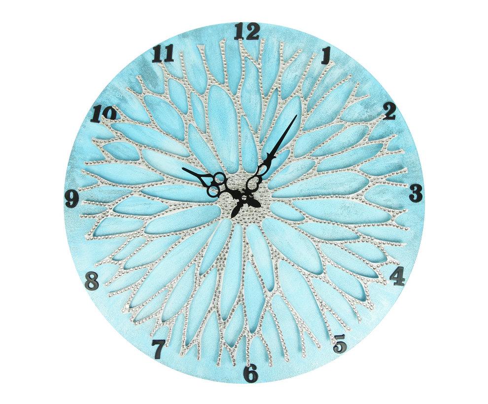 Настенные часы ЦветокНастенные часы<br>&amp;lt;div&amp;gt;Настенные часы коллекции «Цветок» - подлинное произведение искусства. Они преобразят абсолютно любой интерьер, создадут гармонию, наделят помещение изысканностью, и заставят на стене расцвести роскошный райский цветок. Создается ощущение, что при создании не обошлось без пыльцы фей: настолько волшебно переливается покрытие из страз.Настенные часы коллекции «Цветок» способны стать идеальным подарком. Их выбирают на все торжественные случаи жизни, а также – когда нужно преподнести что-то роскошное и выполненное с изысканным вкусом.&amp;amp;nbsp;&amp;lt;/div&amp;gt;&amp;lt;div&amp;gt;&amp;lt;br&amp;gt;&amp;lt;/div&amp;gt;&amp;lt;div&amp;gt;Материал: Дерево, акриловая краска, кристаллы горного хрусталя более 2000 шт,&amp;amp;nbsp;&amp;lt;/div&amp;gt;&amp;lt;div&amp;gt;Кварцевый &amp;amp;nbsp;механизм&amp;lt;/div&amp;gt;&amp;lt;div&amp;gt;&amp;lt;br&amp;gt;&amp;lt;/div&amp;gt;<br><br>Material: Дерево<br>Diameter см: 50