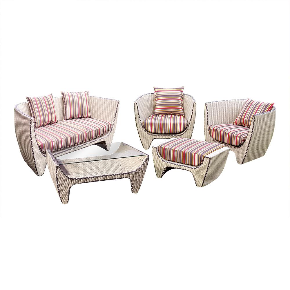 Комплект мебели ОрхидеяКомплекты уличной мебели<br>&amp;lt;div&amp;gt;Необыкновенно легкий и романтичный комплект мебели коллекции «Орхидея», он окутает Вас нежностью, домашним теплом и уютом. Немного кокетливая, но при этом в меру в аристократическом стиле, в котором выдержана данная мебель, подойдет как для строгих классических интерьеров, так и для легких решений.&amp;amp;nbsp;&amp;lt;/div&amp;gt;&amp;lt;div&amp;gt;&amp;lt;span style=&amp;quot;font-size: 14px;&amp;quot;&amp;gt;Мебель из коллекции «Орхидея» может стоять на улице круглый год. Не боится влаги и мороза. Не разборная.&amp;amp;nbsp;&amp;lt;/span&amp;gt;&amp;lt;br&amp;gt;&amp;lt;/div&amp;gt;&amp;lt;div&amp;gt;&amp;lt;br&amp;gt;&amp;lt;/div&amp;gt;&amp;lt;div&amp;gt;&amp;lt;span style=&amp;quot;font-size: 14px;&amp;quot;&amp;gt;В комплект входит: диван, 2 кресла, столик и оттоманка.&amp;lt;/span&amp;gt;&amp;lt;br&amp;gt;&amp;lt;/div&amp;gt;&amp;lt;div&amp;gt;Размеры мебели в комплекте:&amp;lt;/div&amp;gt;&amp;lt;div&amp;gt;Диван Орхидея 150*72*74&amp;lt;/div&amp;gt;&amp;lt;div&amp;gt;Кресло Орхидея 83*72*74&amp;lt;/div&amp;gt;&amp;lt;div&amp;gt;Столик Орхидея 50*97*46&amp;lt;/div&amp;gt;&amp;lt;div&amp;gt;Оттоманка Орхидея 79.5*51*40&amp;lt;/div&amp;gt;&amp;lt;div&amp;gt;&amp;lt;span style=&amp;quot;font-size: 14px;&amp;quot;&amp;gt;Подушки входят в комплект.&amp;lt;/span&amp;gt;&amp;lt;br&amp;gt;&amp;lt;/div&amp;gt;&amp;lt;div&amp;gt;&amp;lt;span style=&amp;quot;font-size: 14px;&amp;quot;&amp;gt;Цвет: слоновой кости с шоколадной окантовкой. Цвет подушек: конфетти.&amp;lt;/span&amp;gt;&amp;lt;span style=&amp;quot;font-size: 14px;&amp;quot;&amp;gt;&amp;lt;br&amp;gt;&amp;lt;/span&amp;gt;&amp;lt;/div&amp;gt;<br><br>Material: Искусственный ротанг<br>Width см: 150<br>Depth см: 72<br>Height см: 74