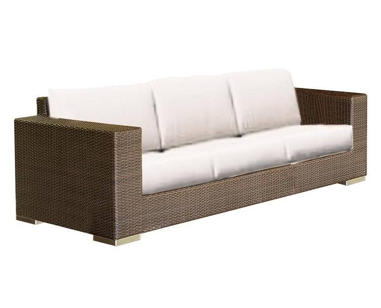 Диван CUATROДиваны и оттоманки для сада<br>Основание 3-метсный дивана имеет подчеркнуто прямые углы и одинаковую толщину основания и подлокотников. Это определяет его несколько строгий характер. низкие хромированные ножки и мягкие подушки с полосами натуральных оттенков завершают образ.<br>Диван с подушками, цвет подушек - canvas velum (бежевый)<br>Цвет плетения: mocca<br><br>Material: Ротанг<br>Length см: 241<br>Width см: 93<br>Depth см: None<br>Height см: 76<br>Diameter см: None