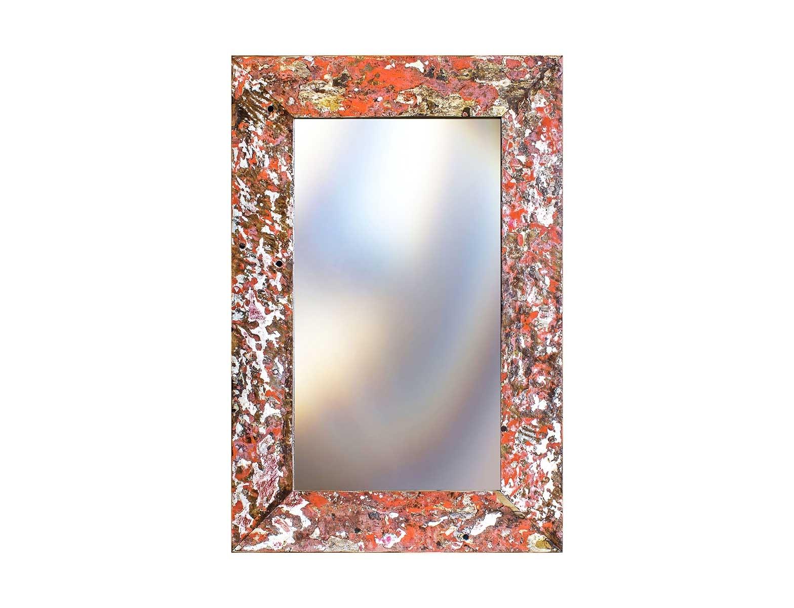Зеркало Свет мой зеркальцеНастенные зеркала<br>Зеркало выполнено из фрагментов настоящего рыболовецкого судна, возраст которого 20-40 лет. Окрас сохранён оригинальный.<br><br>Material: Тик<br>Ширина см: 80<br>Высота см: 120<br>Глубина см: 3