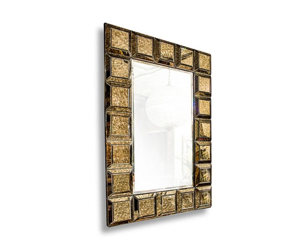 Зеркало СохоНастенные зеркала<br>Лаконичное, но эффектное зеркало «Сохо» декорировано золотистой рамой, которая будет ярко смотреться на однотонных матовых стенах спальни или ванной комнаты. Большое зеркало никогда не будет лишним, а в данном случае станет украшением интерьера.&amp;lt;div&amp;gt;&amp;lt;br&amp;gt;&amp;lt;/div&amp;gt;&amp;lt;div&amp;gt;Материал: стеклопластик/стекло&amp;lt;/div&amp;gt;<br><br>Material: Стекло<br>Width см: 100<br>Depth см: 12<br>Height см: 140