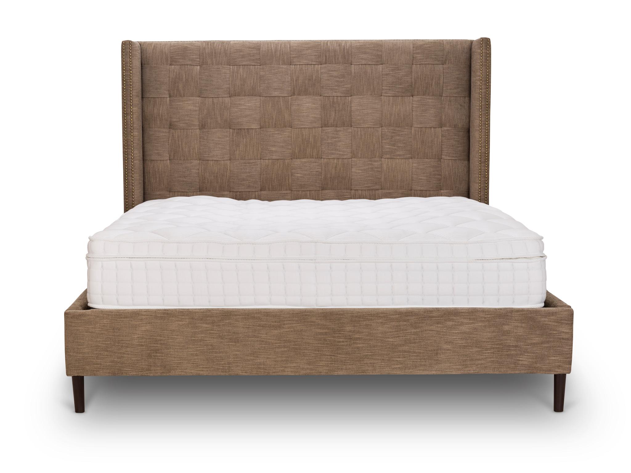 Кровать QuadroКровати с мягким изголовьем<br>Стильная кровать с характером: строгая форма и декорирование изголовья в технике quadro.<br><br>Material: Текстиль<br>Width см: 180<br>Depth см: 200<br>Height см: 160