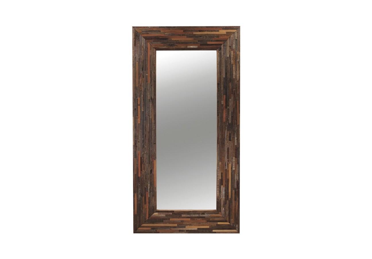 Зеркало напольное BerlinНапольные зеркала<br>Напольное зеркало Berlin.Рама этого большого напольного зеркала сделана вручную, она собрана по принципу мозаики. Мастера соединяли небольшие бруски древесины розовой перобы и акации, играя на полутонах - от розового до бордово-коричневого.<br>100 % ресайклинг. Отделка натуральным воском.<br><br>Material: Дерево<br>Width см: 114<br>Depth см: 5<br>Height см: 221
