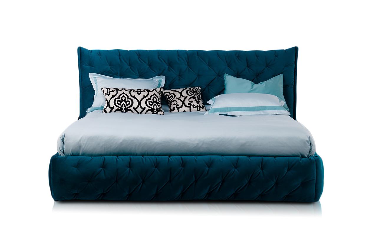 Кровать  ClubКровати с мягким изголовьем<br>&amp;lt;div&amp;gt;Элемент дизайна: пышная стежка придает кровати мягкие объемные формы и уют.&amp;amp;nbsp;&amp;lt;/div&amp;gt;&amp;lt;div&amp;gt;Обволакивающая,нежная и приятная на ощупь кровать с супер мягким изголовьем.&amp;lt;/div&amp;gt;&amp;lt;div&amp;gt;&amp;lt;br&amp;gt;&amp;lt;/div&amp;gt;&amp;lt;div&amp;gt;Спальное место 200х160&amp;lt;/div&amp;gt;&amp;lt;div&amp;gt;Ортопедическое основание входит в комплект&amp;amp;nbsp;&amp;lt;/div&amp;gt;&amp;lt;div&amp;gt;Цвет морской волны,дублированный триковелюр.&amp;lt;/div&amp;gt;&amp;lt;div&amp;gt;Все чехлы съемные на липучках (можно чистить)&amp;lt;/div&amp;gt;&amp;lt;div&amp;gt;&amp;lt;br&amp;gt;&amp;lt;/div&amp;gt;&amp;lt;div&amp;gt;Матрас,постельное белье и декоративные подушки,плед в комплект не входят.&amp;amp;nbsp;&amp;lt;/div&amp;gt;&amp;lt;div&amp;gt;Опции: Возможна установка подъемного механизма.&amp;lt;/div&amp;gt;&amp;lt;div&amp;gt;Варианты спальных мест&amp;lt;/div&amp;gt;&amp;lt;div&amp;gt;200х200&amp;amp;nbsp;&amp;lt;/div&amp;gt;&amp;lt;div&amp;gt;200х180&amp;lt;/div&amp;gt;&amp;lt;div&amp;gt;190х160&amp;lt;/div&amp;gt;&amp;lt;div&amp;gt;200х160&amp;lt;/div&amp;gt;&amp;lt;div&amp;gt;190х140&amp;lt;/div&amp;gt;&amp;lt;div&amp;gt;200х140&amp;lt;/div&amp;gt;&amp;lt;div&amp;gt;190х120&amp;lt;/div&amp;gt;&amp;lt;div&amp;gt;200х120&amp;lt;/div&amp;gt;&amp;lt;div&amp;gt;Цены на опции и варианты исполнения декоративного чехла (цвета) уточняйте у менеджеров.еров.&amp;lt;/div&amp;gt;<br><br>Material: Текстиль<br>Length см: None<br>Width см: 200<br>Depth см: 220<br>Height см: 110
