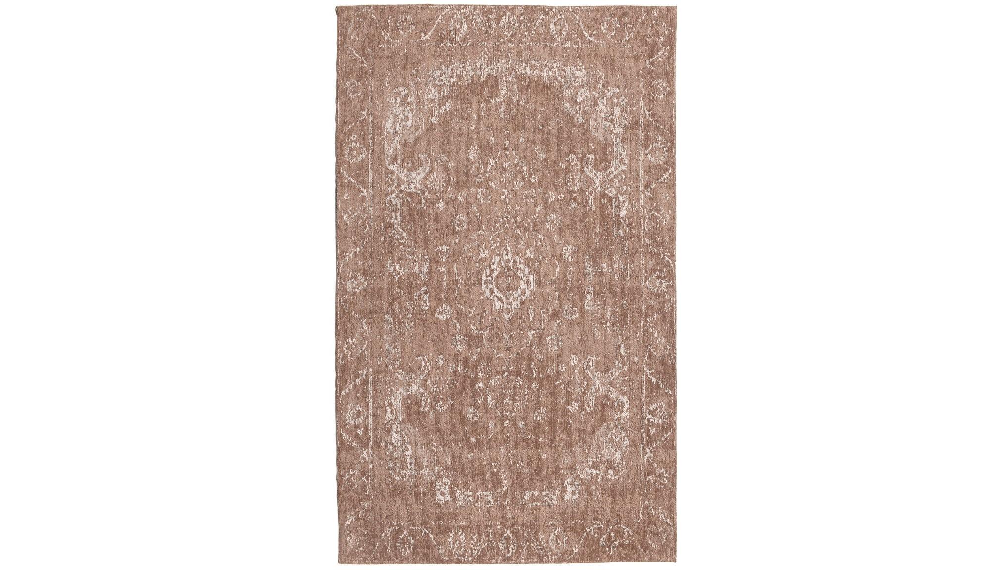 Ковер ArtenoПрямоугольные ковры<br>Материал: синель, хлопок, полиэстер<br><br>Material: Текстиль<br>Ширина см: 70<br>Высота см: 2<br>Глубина см: 110